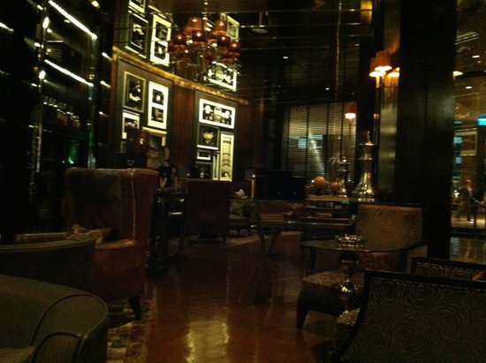 InterContinental Bangkok: Humidor Cigar Bar 3