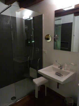 Relais Ca Sabbioni: Bathroom