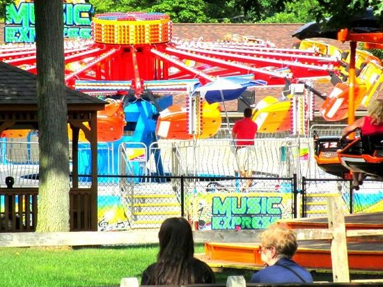 DelGrosso's Amusement Park: Music Express