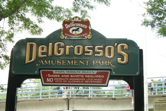 DelGrosso's Amusement Park: Entrance to park