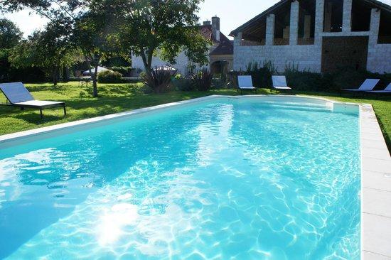 Vintage Vert : Pool