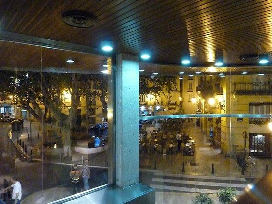 Ayre Hotel Astoria Palace : la piazzetta vista dall'hotel