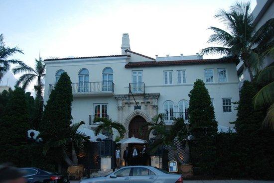 Miami Beach Boardwalk: Versace house