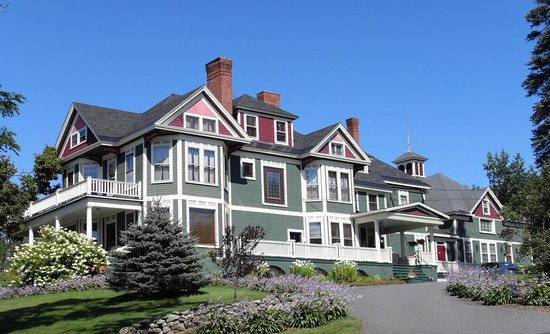 Greenville Inn at Moosehead Lake: Historic Greenville Inn