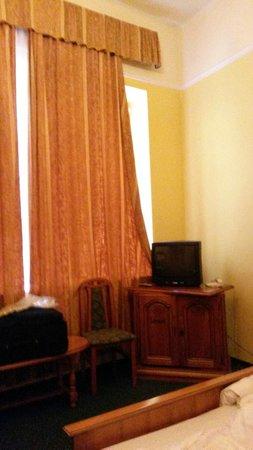 City Hotel Unio: tenda della camera