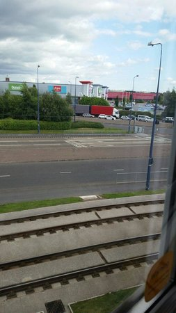 Travelodge Ashton Under Lyne: View from window room 215