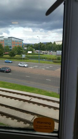 Travelodge Ashton Under Lyne: View from window from room 215