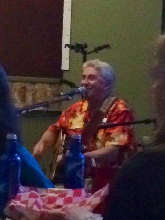 Smugglers' Notch Resort: Good Time Charlie at Bootleggers Lounge. An awesome night!