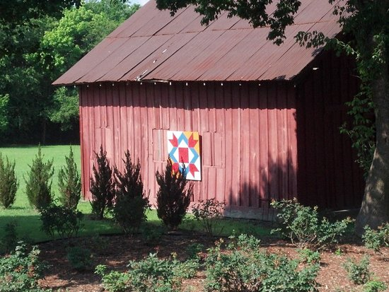 Granny Lou's B&B: Beautiful Barn
