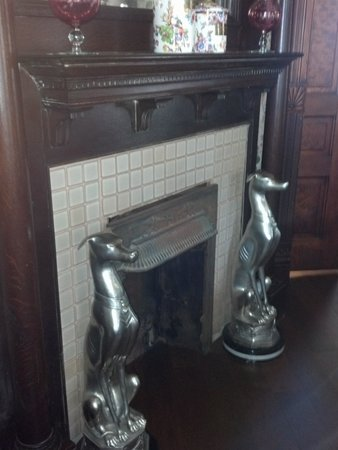 Granny Lou's B&B: One of the ornate mantles