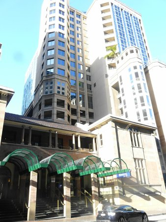 Novotel Sydney Central: The hotel is a high rise