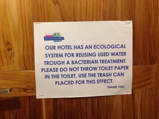 Punta Faro: Message aux toilettes : peu sympathique
