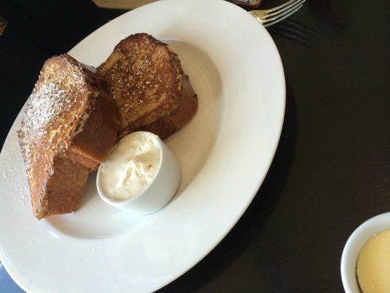 Montage Laguna Beach : petit déjeuner