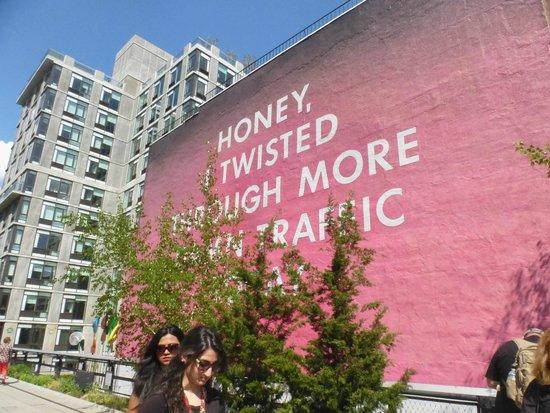 High Line : Cool art.