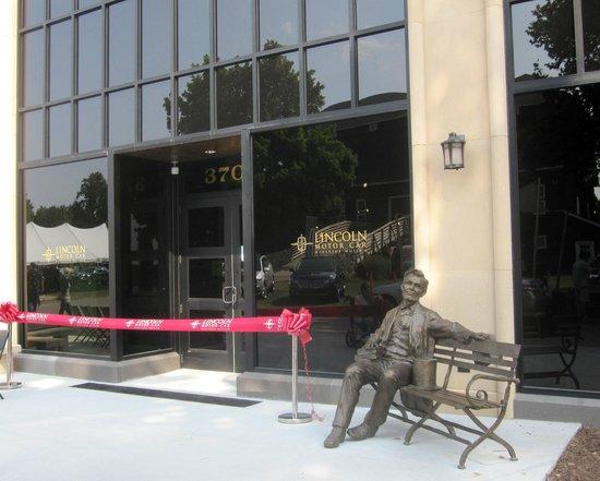 Gilmore Car Museum: Lincoln Motor Car Heritage Museum Opening