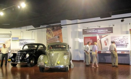 Gilmore Car Museum: Lincoln Zephyrs on display