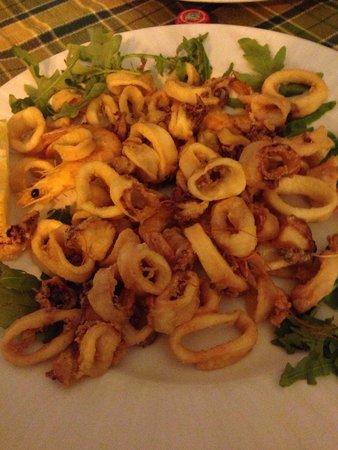 Divino: Frittura calamari e gamberi