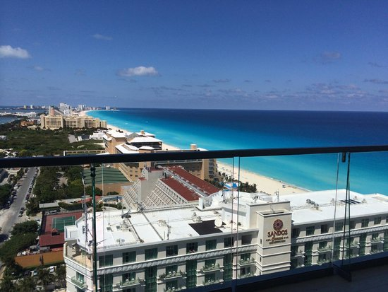 Secrets The Vine Cancun: View from our balcony!