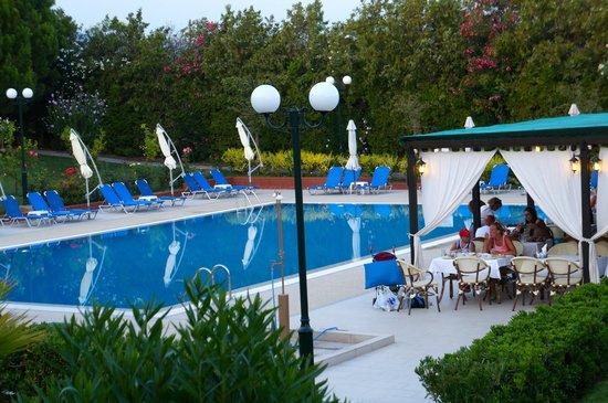 Kalives Resort: un ambiente accogliente