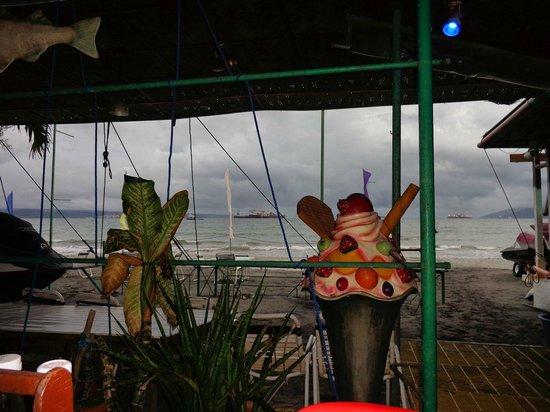 Johan's Beach Resort: View from the restaurant area