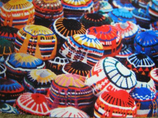 VClub Agadir: Knitted caps, Marrakesh shuk