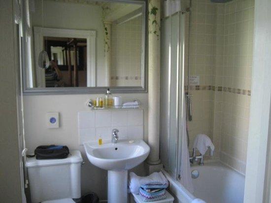 The Bath House: Bathroom