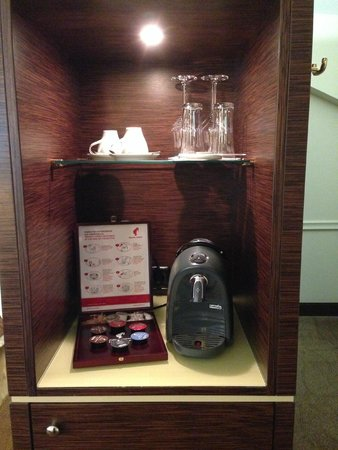 The Ring, Relais & Chateaux: Coffee machine