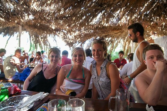 Dubrovnik Backpackers Club Hostel: lunch on boat trip