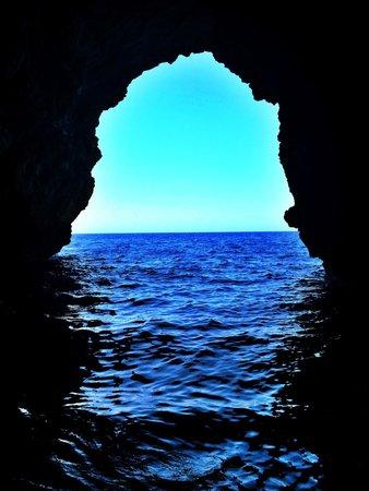 Malta Rib Cruises and Charter - Private Boat Service: Gozo Cave