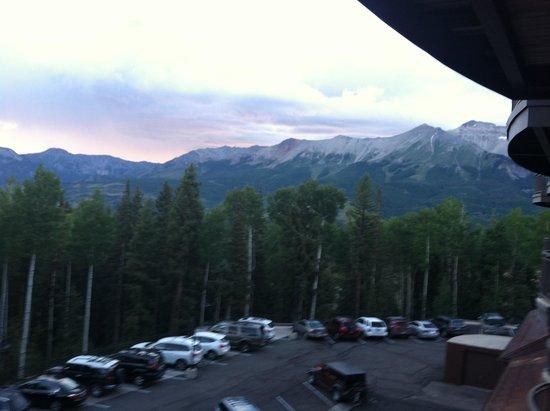 Bear Creek Lodge : View off the balcony