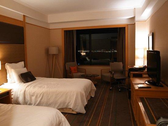 Renaissance Riverside Hotel Saigon: 部屋