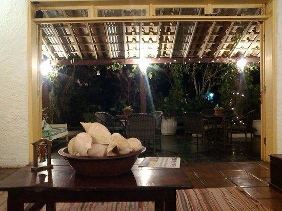 Hotel Praia dos Anjos: Frente da pousada