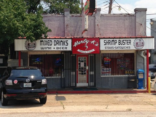 Herby-K's Restaurant : Outside view