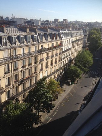 Paris France Hotel : View from top floor