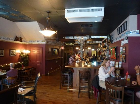 Jack Mason's Tavern: Inside is exactly what you expect from a tavern!