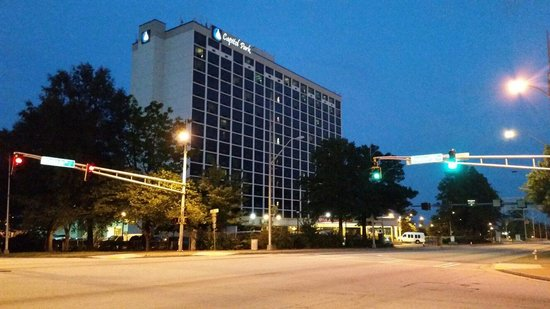 Ramada Plaza Atlanta Downtown Capitol Park: The Hotel...stayed at the 9th floor