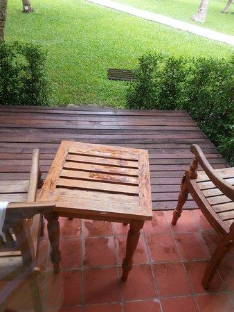 Sofitel Krabi Phokeethra Golf & Spa Resort: New furniture required !