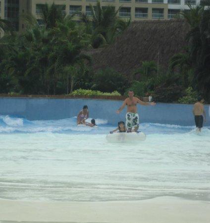The Grand Mayan Nuevo Vallarta: alberca de olas