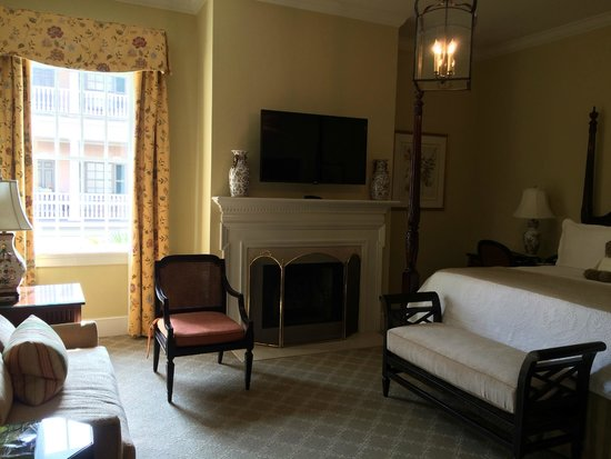 Planters Inn: Rooms have tons of charm