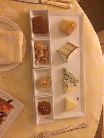 Fairmont Grand Del Mar: Room Service