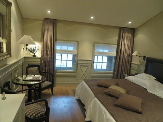 Hotel Les Armures: The room