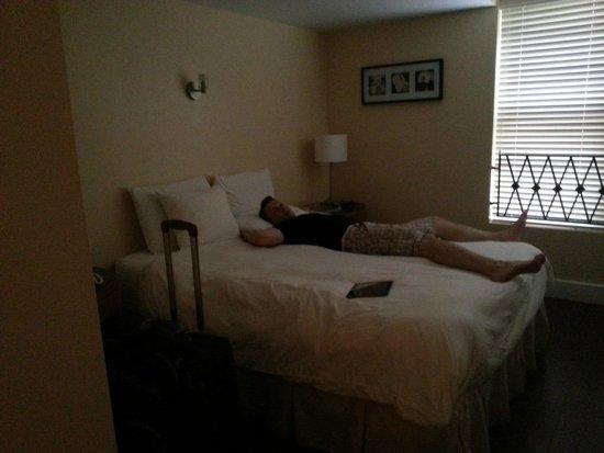 La Flora: Comfy  room