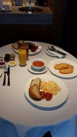 The Darling: Room service breakfast