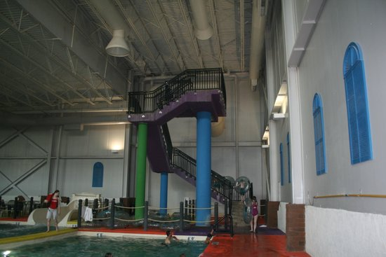 Grand Harbor Resort and Waterpark: walk up these steps, and take a raft, come down the waterslide