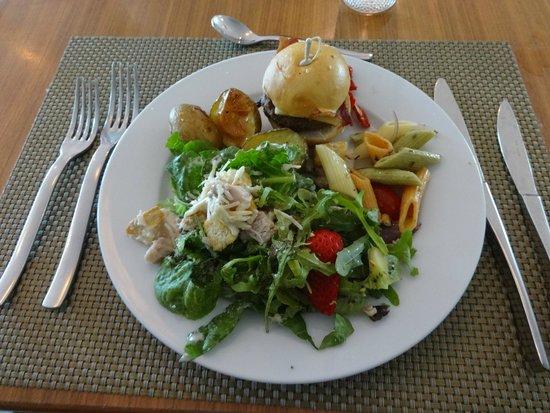 Hard Rock Hotel Panama Megapolis: food buffet