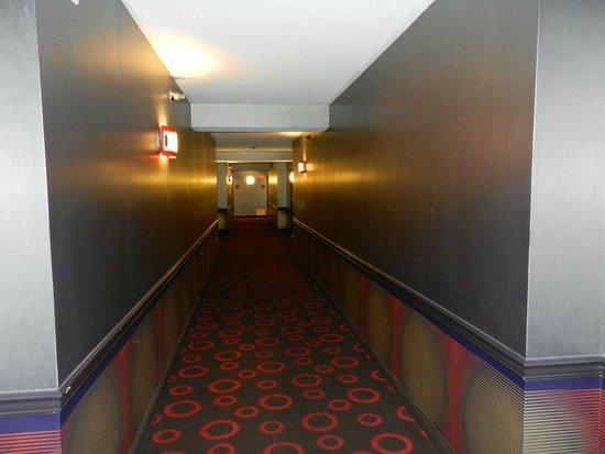 Planet Hollywood Resort & Casino: pasillos del hotel
