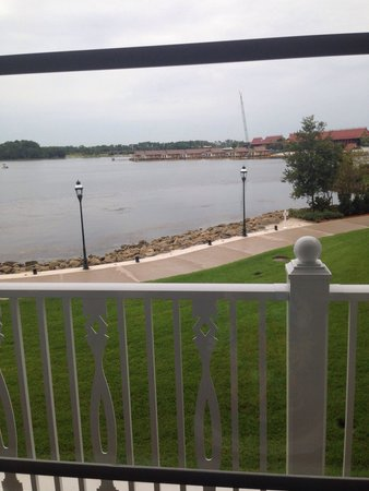 Disney's Grand Floridian Resort & Spa: Note that a lake view may face the Polynesian not the magic kingdom