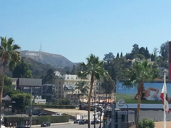 Loews Hollywood Hotel: View of the Hollywood sign