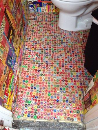 Candy Kitchen: Bathroom floor