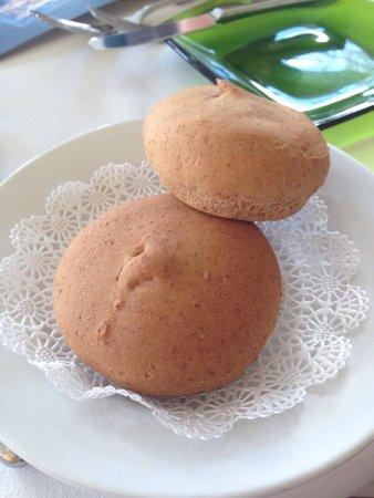 Citricos Lounge : Gluten free friendly best gluten free bread I've had